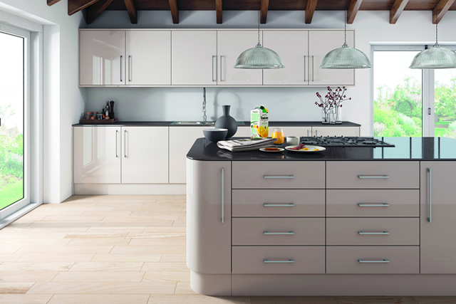 ultra-gloss-cashmere-kitchen