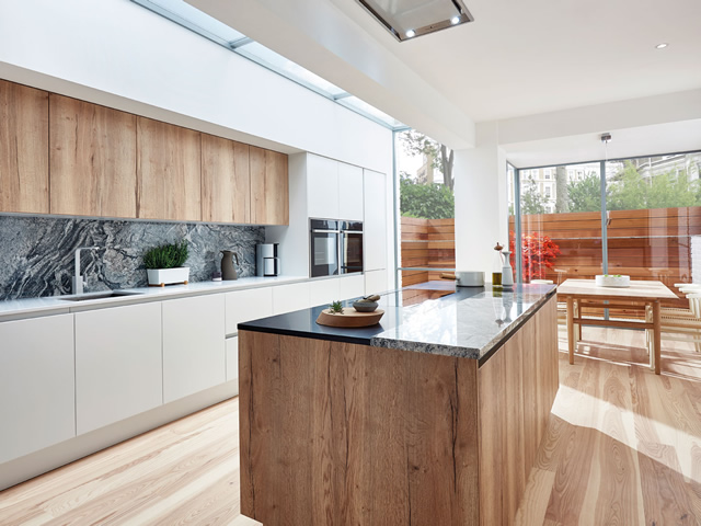 White Gloss and Reclaimned Oak Combination