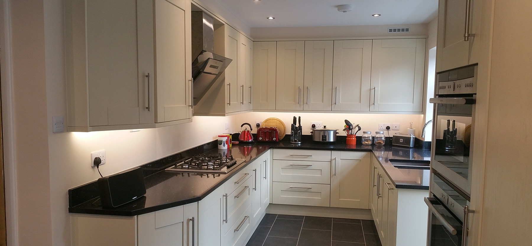 Shaker-Kitchen-Design-in-Redhill-Surrey