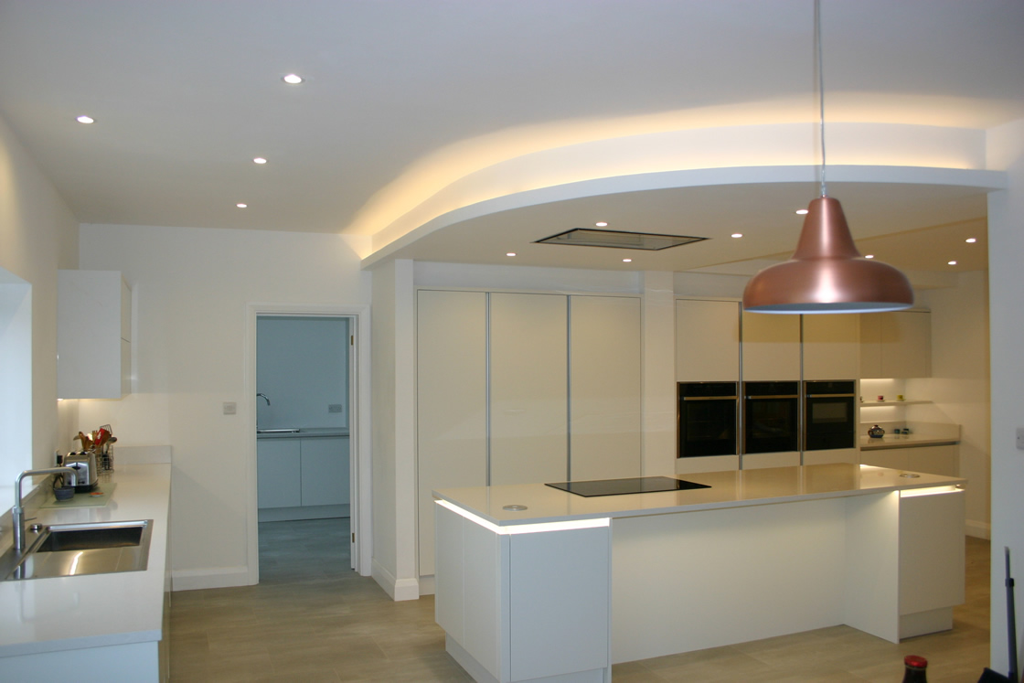 Large New kitchen with stunning light feature