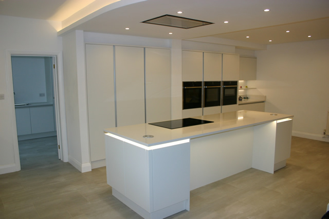 new-handle-less-porcelain-white-kitchen