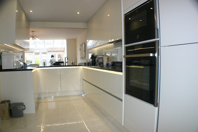 Handle Less White Gloss Porcelain Kitchen Installation Blok Designs Ltd