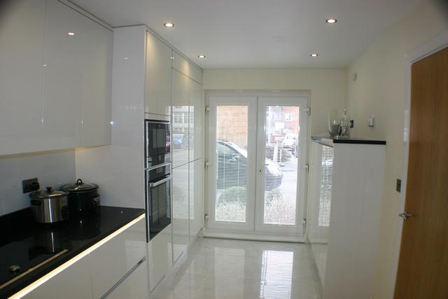 White Gloss Kitchen Installation Redhill