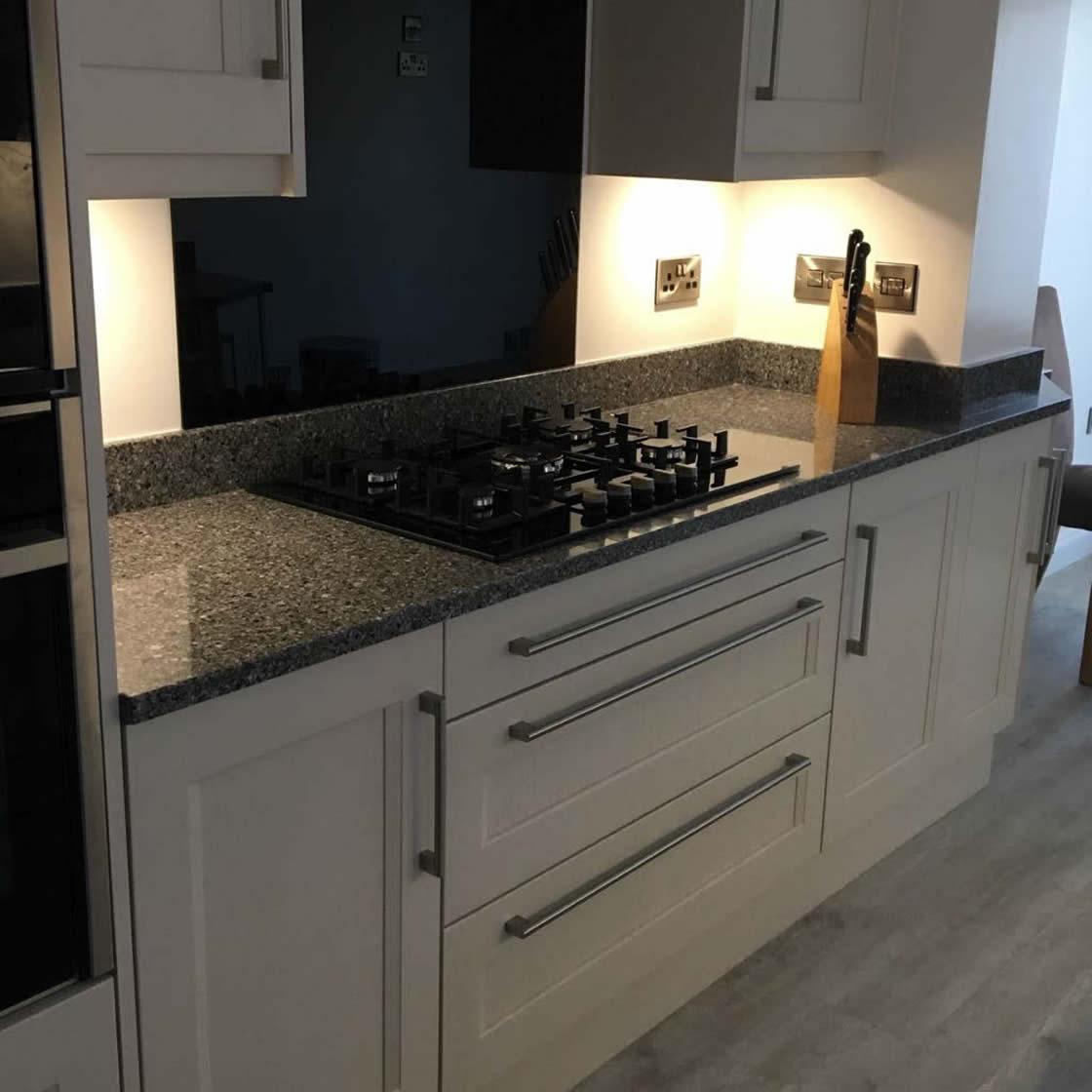 Bespoke Shaker Kitchen Design in Carshalton Beeches Surrey