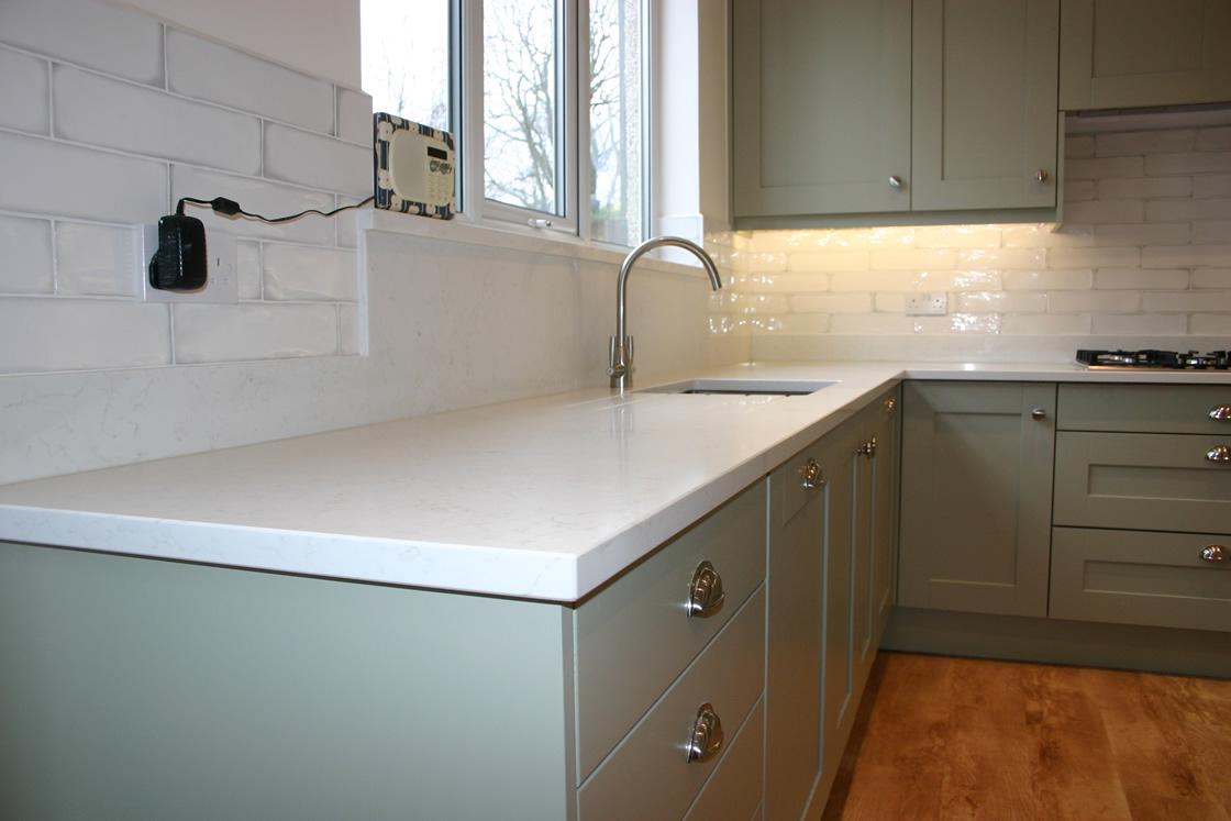 New Kitchen in Carshalton Beeches Showing Quartz Worktops