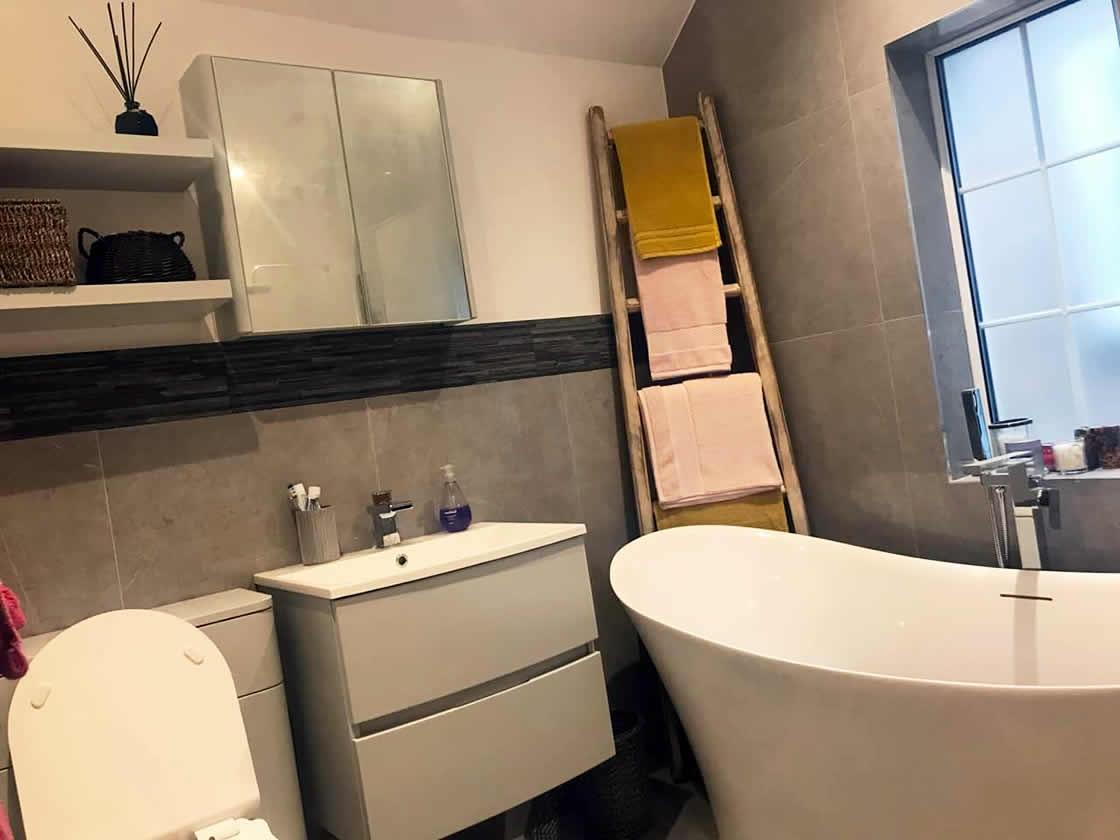 Bespoke Bathroom in Merstham Surrey with Underfloor Heating