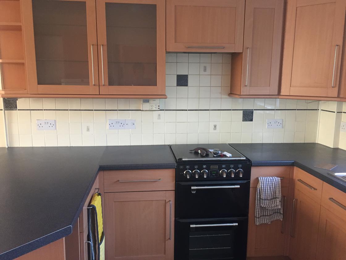 Merstham Kitchen Renovation Showing Old Single Cooker