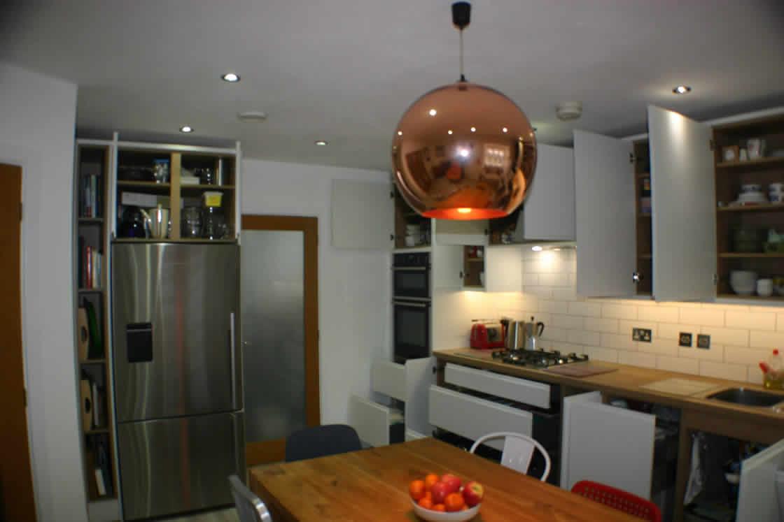 New Kitchen with Elegany Oak Laminate Worktop Surrey