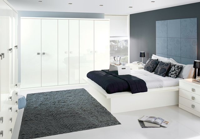 Image Gloss White Fitted Bedroom