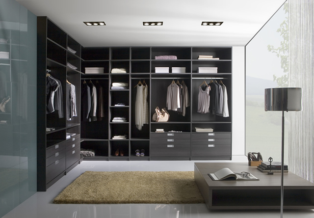 Sliding Wardrobe Interior 1