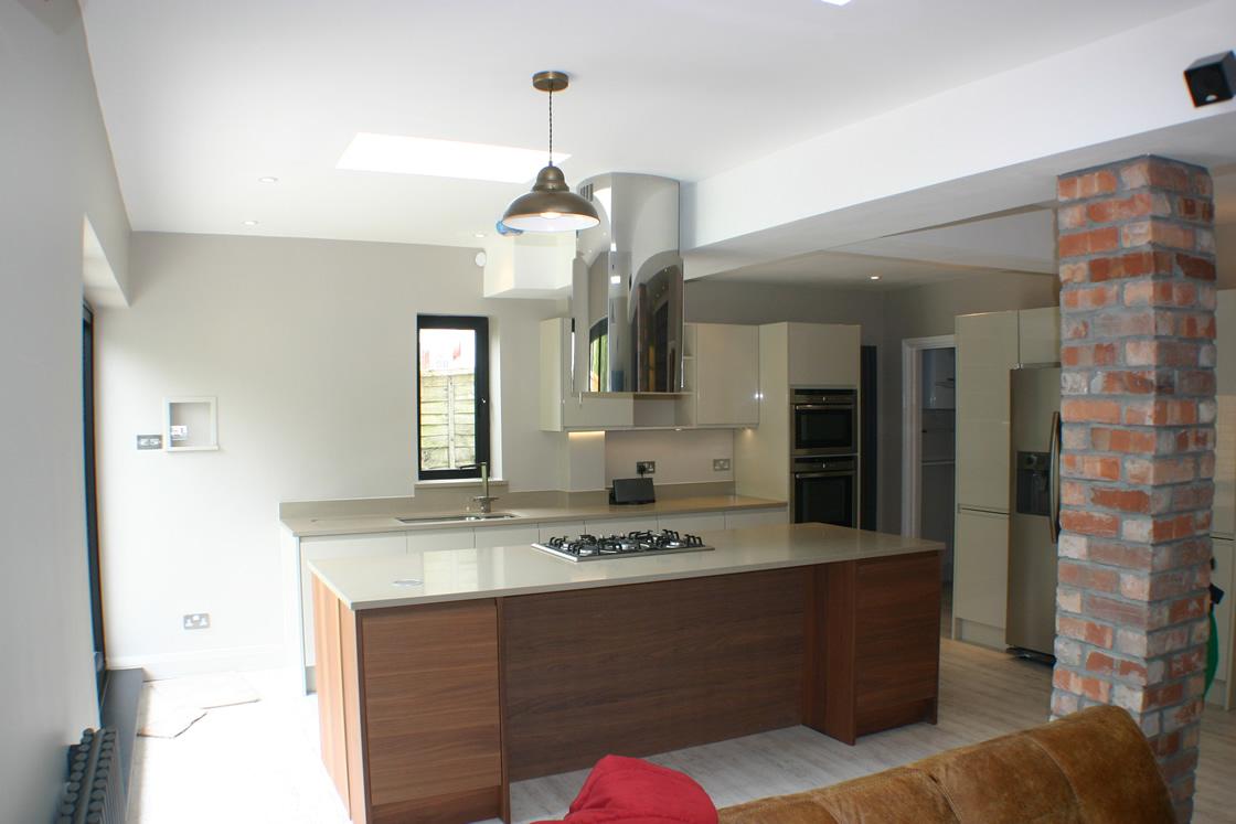 South Sutton Kitchen Extension with Brick Pillar