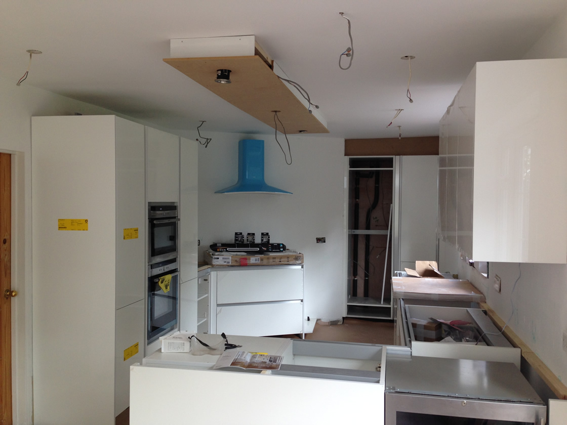 Banstead Kitchen Units and Lighting