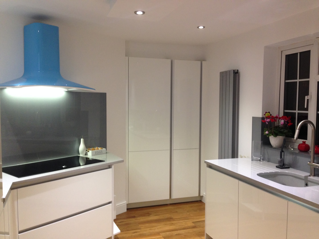 Banstead Kitchen View of Cooker