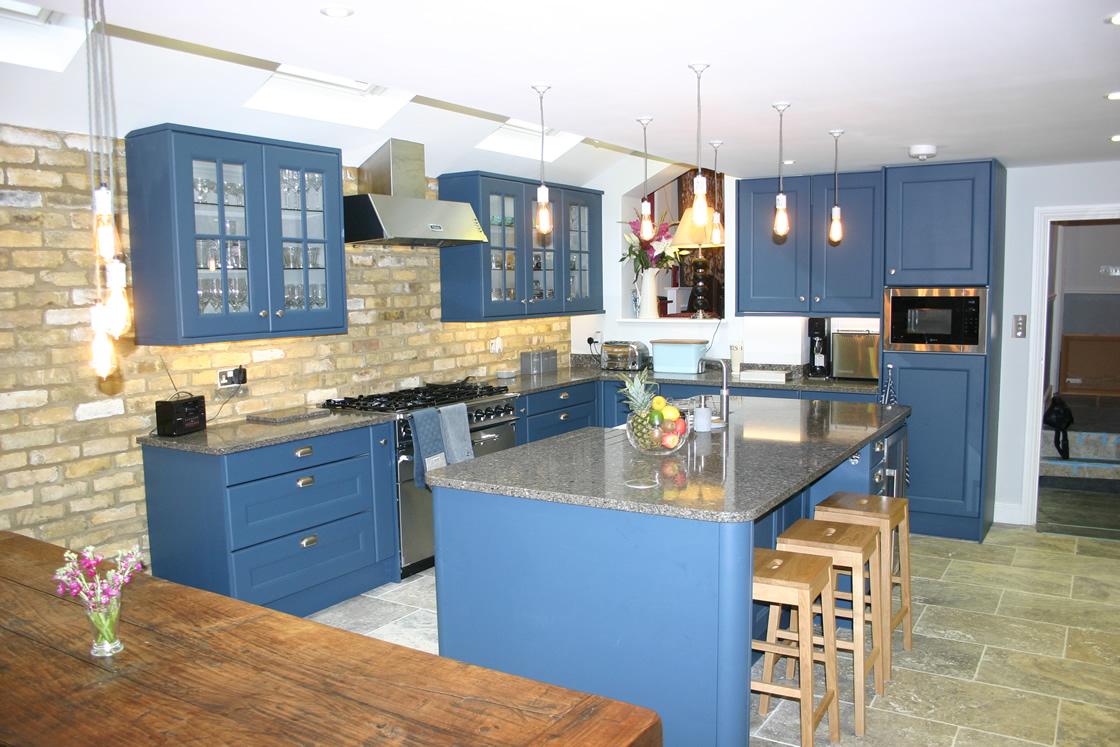 Large Bespoke Kitchen Design in Wandsworth