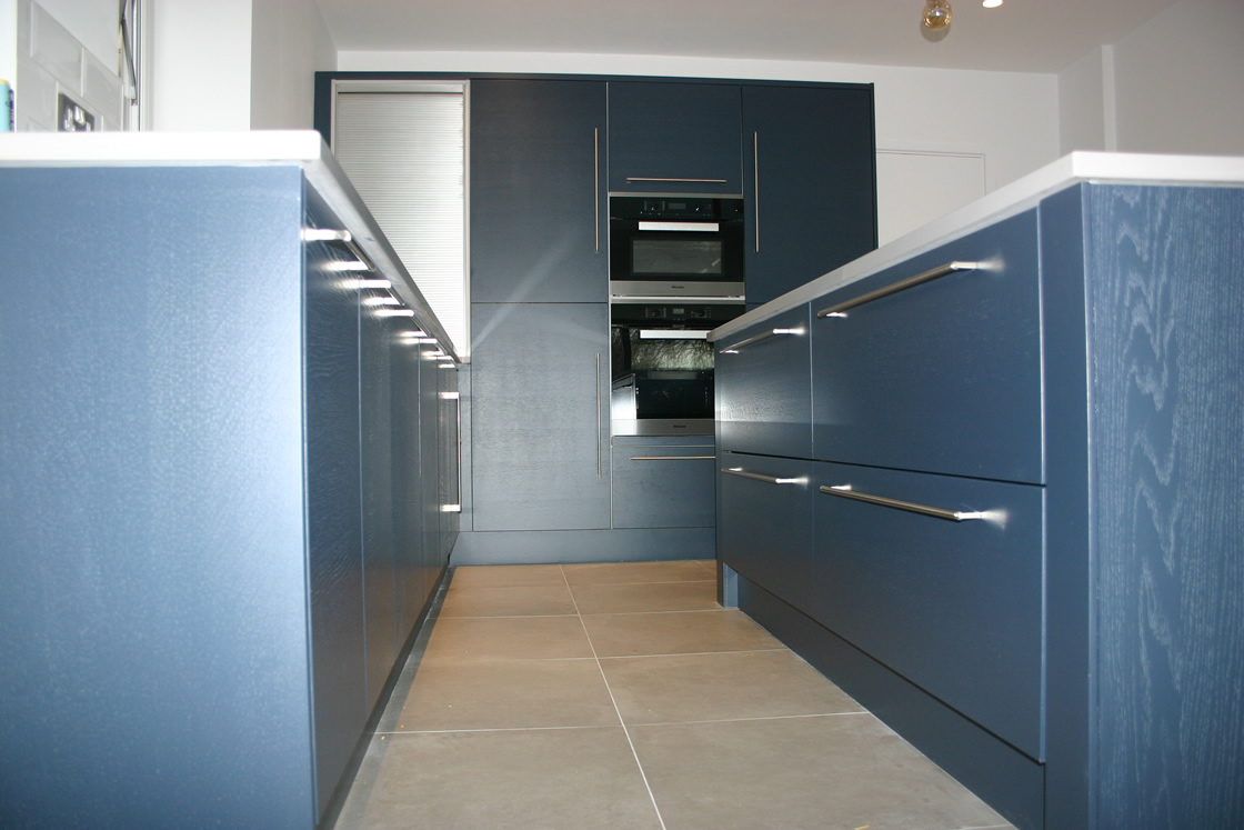 Large Woodgrain Finish Kitchen Installed in Bromley