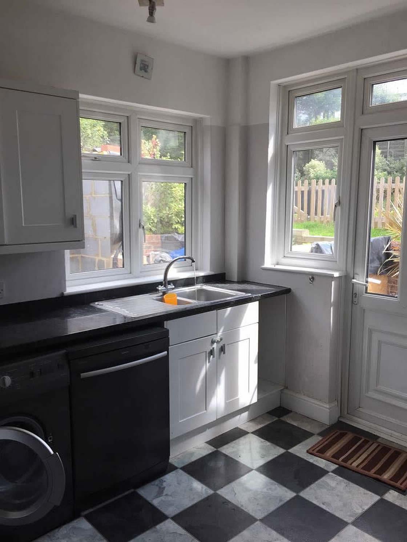 Sutton Woodgrain Kitchen Before 2