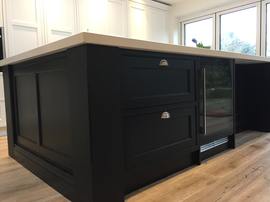 Kitchen island with 200mm x 200mm chamfered pilasters