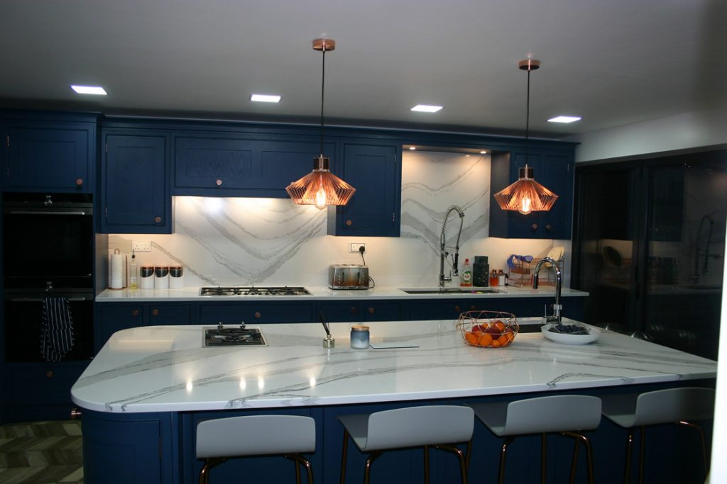 Stunning Kitchen Showing Large Island 2900 x 1400