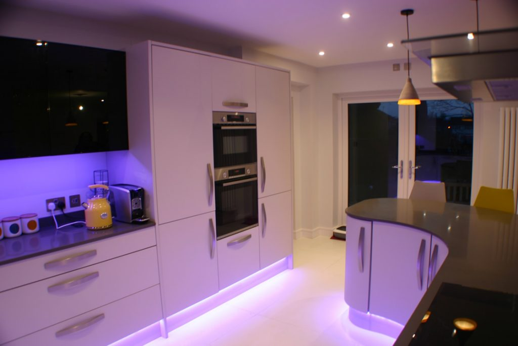 Bespoke Curved Kitchen Design Showing Integrated Oven