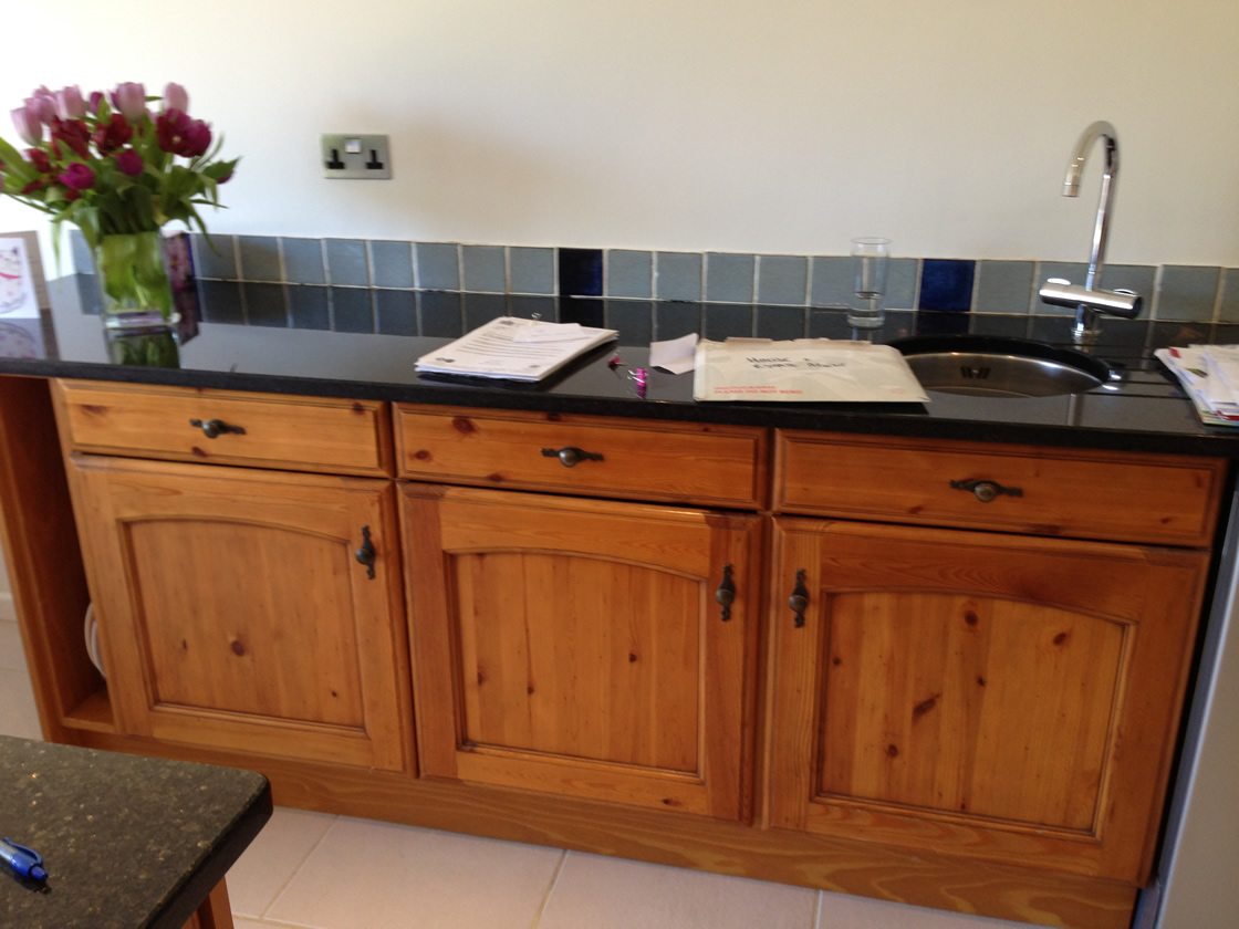 Cobham kitchen before work started 2