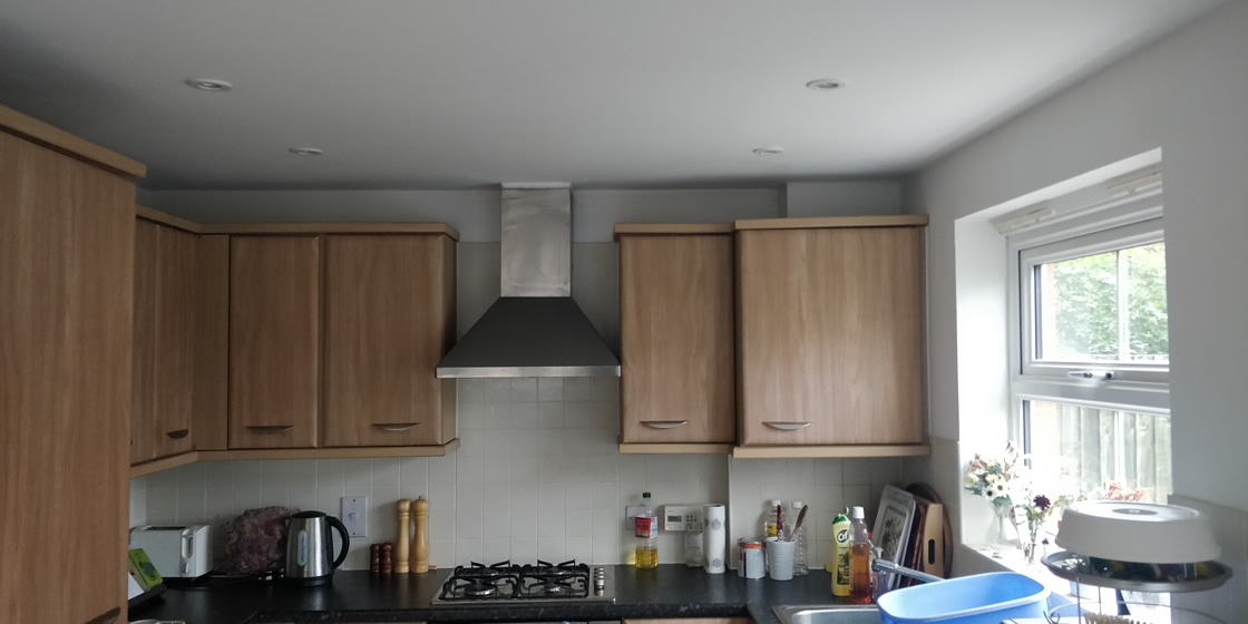 High Gloss Kitchen Before Work Started 3