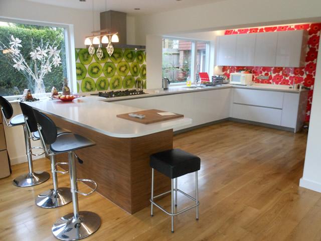 U-Channel Handle-Less Kitchens Surrey Main Image