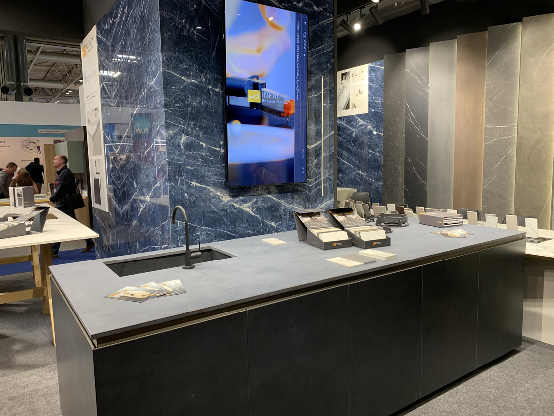 Slab handle-less kitchen display