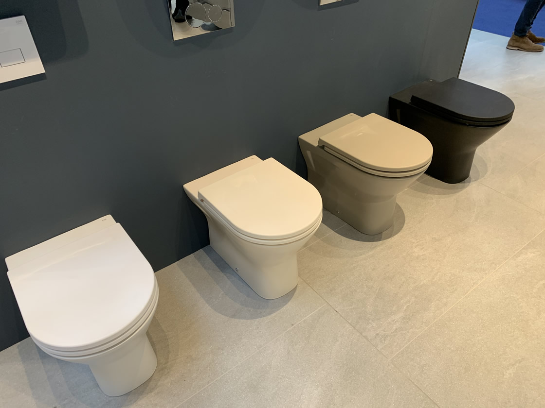 Toilets in various colour finishes
