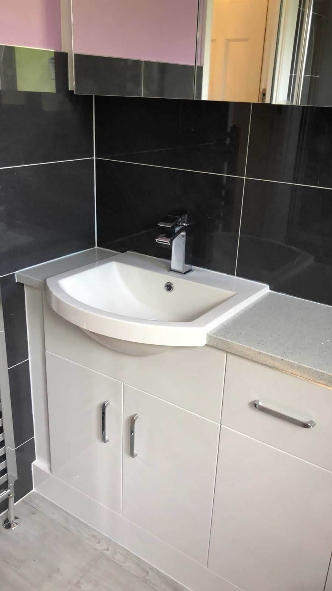 Compact Sink Unit in Bathroom