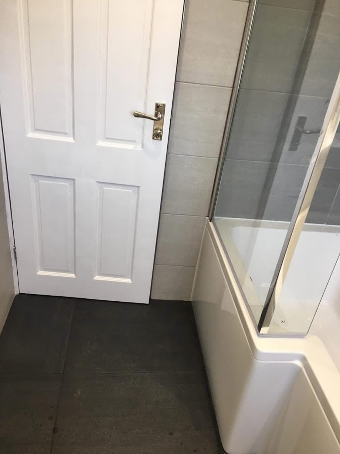 Brooklands Bathroom Redhill Completed (10)