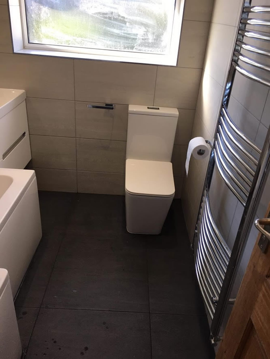 Brooklands Bathroom Redhill Completed (3)