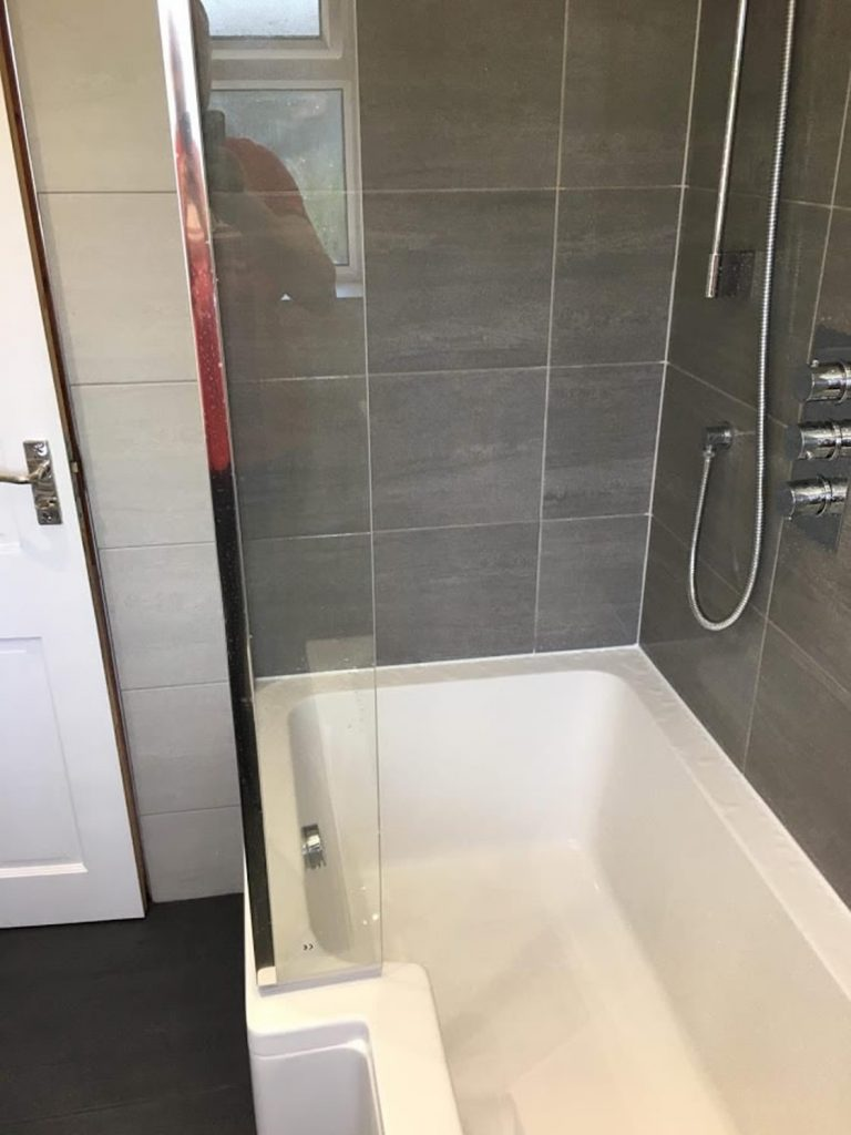 Brooklands Bathroom Redhill Completed (9)