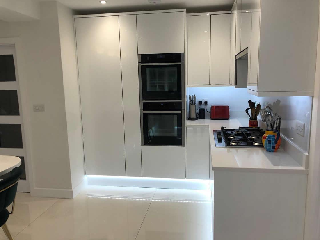 Acrylic White Gloss Kitchen with LED Lighting