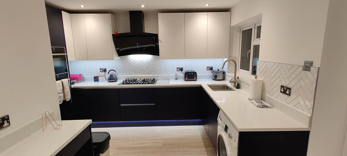 Handle-less Kitchen with LED Lights - Brooklands