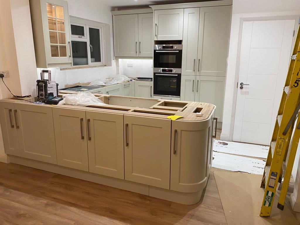 Kitchen Diner Transformation in Dorking During Installation - Punchbowl (8)