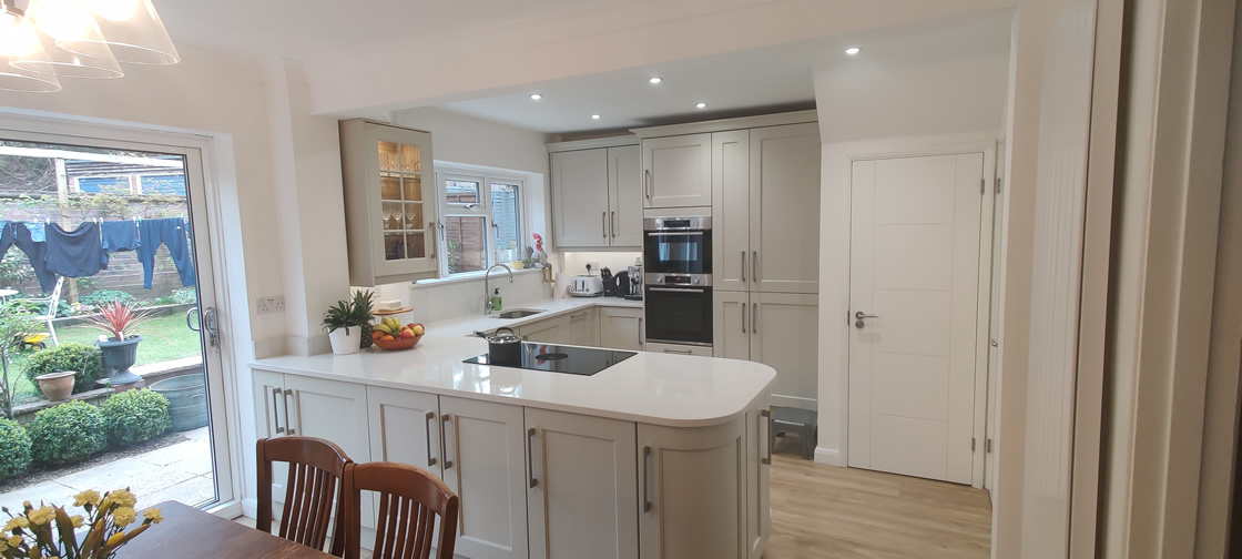 New Shaker Kitchen in Mussel Installed in Dorking Surrey - Punchbowl (10)