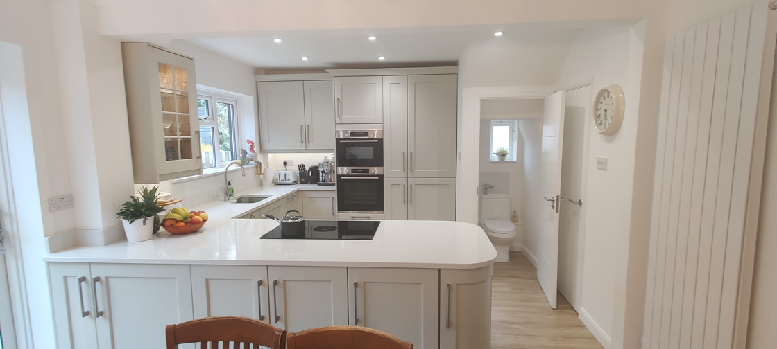 New Shaker Kitchen in Mussel Installed in Dorking Surrey - Punchbowl (12)
