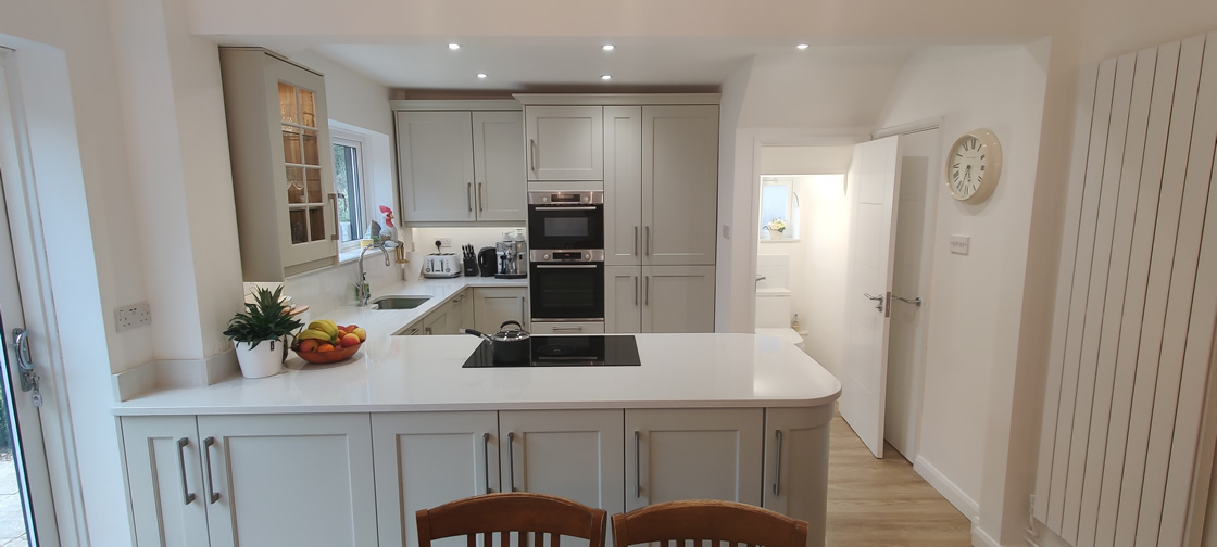 New Shaker Kitchen in Mussel Installed in Dorking Surrey - Punchbowl (18)
