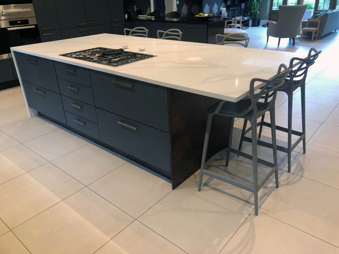 New Kitchen Island Replacement for Surrey Homeowner