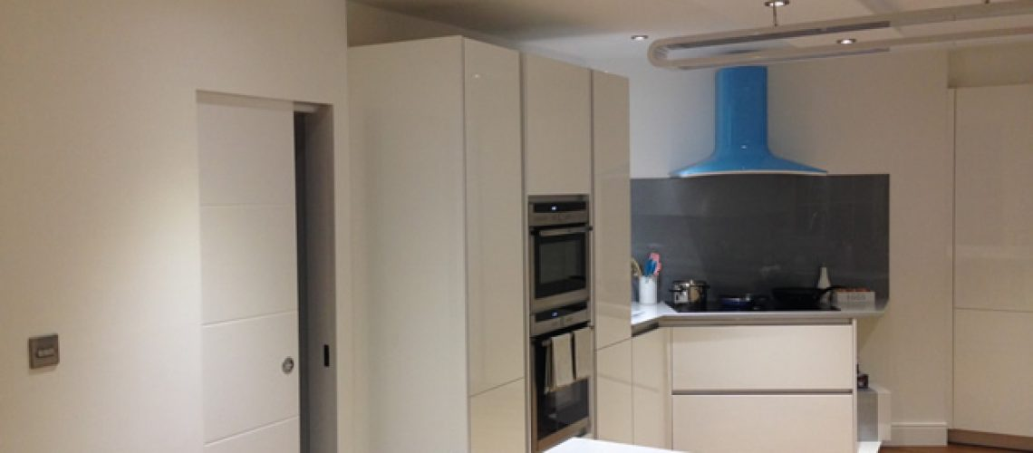 Banstead Kitchen View to Cooker